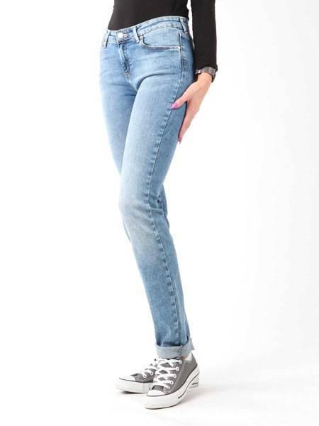 Jeansy Wrangler Slim Best Blue W28LX794O